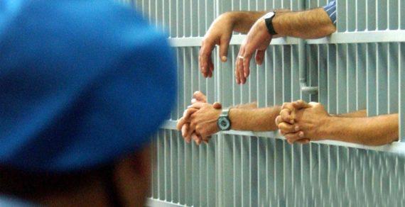 Suicidi, aggressioni ed evasioni nelle carceri