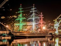 Naples shipping week 2018 con Nave Vespucci e Nave Rizzo