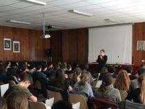 CONFERENZE/Carabinieri nelle scuole per diffondere la legalità. 3.555 studenti incontrati