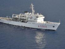 La Marina Militare contro le Iene: gommone ostacola nave idrografica