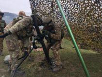 """Scuola tiro mortai per il 66° """"Trieste"""". Nel Poligono militare di Carpegna addestramento al tiro con mortaio Expal da 81mm"""