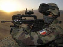 ESTERO/L'Esercito francese ha registrato quasi 900 diserzioni nel 2017
