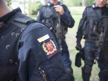 Taser in dotazione alla gendarmeria pontificia