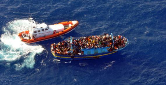Migranti: la Merkel propone una Guardia costiera Ue