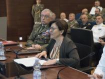 Ministro Trenta in videoconferenza saluta i militari in missione