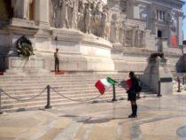 Ufficiale EI percorre 1400 km a piedi col tricolore in spalla