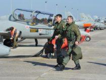 Difesa: Una scuola in Sardegna per addestrare piloti militari