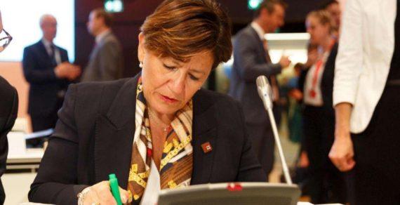 Ministro Trenta presente al Forum Ambrosetti a Cernobbio