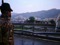 """Genova: Gli alpini della """"Taurinense"""" nella """"Zona Rossa"""""""