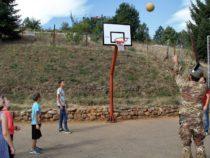 Kosovo: Esercito inaugura nuovo parco giochi per bambini