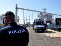 Nave Diciotti:poliziotti costretti a pagarsi analisi tubercolosi