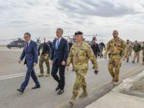 Nato: Afghanistan, Jeans Stoltenberg incontra i militari italiani
