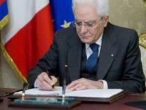 """Crisi di governo: Appello di Mattarella, """"Soluzione in tempi brevi"""""""