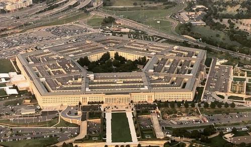 Pentagono: Piano per inviare diecimila militari in Medio Oriente
