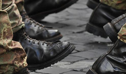 Lavoro e diritti: Cos'è e come difendersi dal mobbing militare