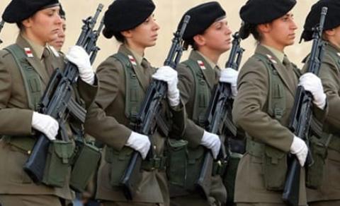 Forze armate: Vent'anni al femminile