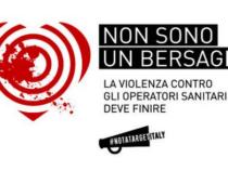 """Campagna """"Non sono un bersaglio"""": Aeronautica e Croce Rossa insieme"""