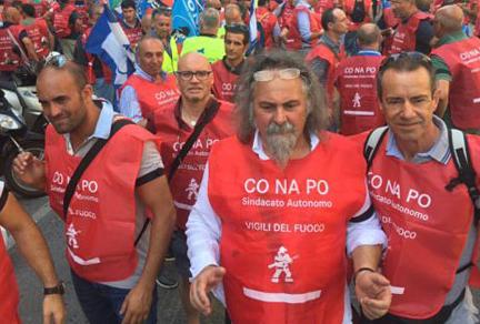 """Vigili del Fuoco: Conapo protesta, """"Per noi ancora nessuna tabella!"""""""