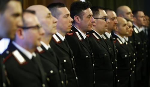 Autobus dirottato: Premiati gli 11 carabinieri eroi