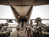 Niger: Folgore in addestramento con i paracadutisti locali
