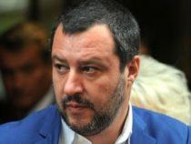 Questione migranti: Appello di Salvini ai ministri Trenta e Tria