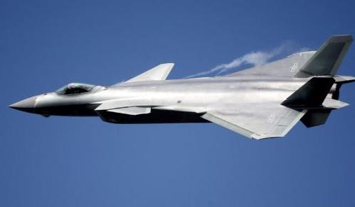 Cina: I caccia J-20 potrebbero avere la meglio sugli F-35 USA