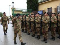 Il Generale Salvatore Farina in visita ai militari a Verona