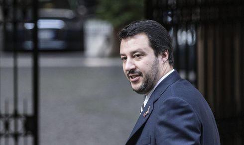 Salvini e l'inno di Mameli: Strigliata Cocer Difesa Ceravolo