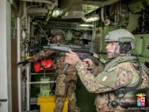 Impiegare la brigata marina San Marco per contrastare i trafficanti di immigrati