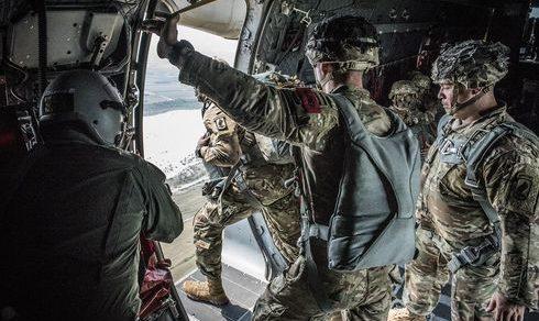 Aeronautica Militare: Testate nuove capacità di aviolancio dei velivoli di trasporto