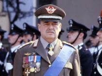 Carlo Alberto dalla Chiesa: 37 anni fa la mafia uccise il generale con la moglie e la scorta