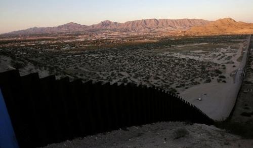 Stati Uniti: Muro con il Messico, Pentagono destina 3,6 mld di dollari