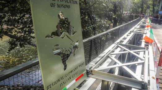 Kosovo: Ponte Bailey donato alla municipalità di Dečani