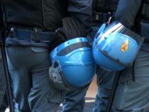 Codici su casco, gilet e divisa degli agenti: Proposta di legge in Commissione
