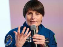 Samantha Cristoforetti spiega le ragioni dell'addio all'Aeronautica Militare