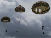 Nuovi modelli di paracadute per la Brigata Folgore