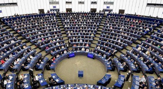 Politica estera e capacità militare: Doppia sfida per l'Europa