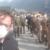 Coronavirus: Piazza Brembana (BG), i militari dell'esercito donano il rancio ai poveri del paese