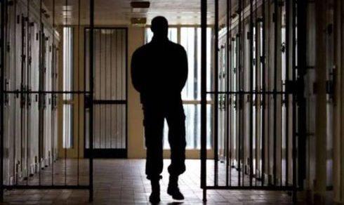Cronaca: Mafiosi e trafficanti, in 376 fuori dal carcere per l'emergenza virus