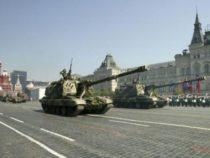 Estero: Le armi di Putin sfilano sulla Piazza Rossa