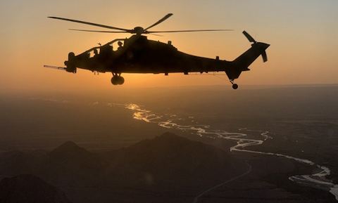 Aviazione Esercito: Afghanistan, raggiunte le 13.500 ore di volo per l'elicottero AH-129
