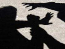 Cronaca: Due giovani ubriachi si scagliano contro un Caporal Maggiore dell' Esercito