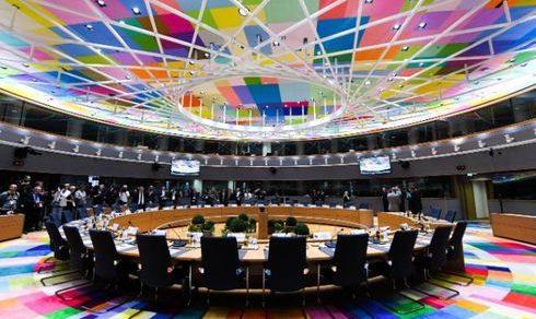 Unione europea: Raggiunto a Bruxelles l'accordo per il finanziamento post Covid