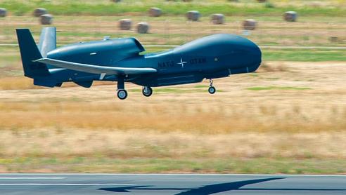 Base di Sigonella: Arrivato il terzo UAV Phoenix della flotta AGS della NATO