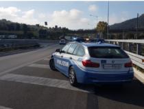 """Polizia di Stato: In macchina per ripicca. Ecco perché i poliziotti più anziani """"fuggono"""" dalle volanti"""