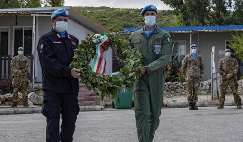 Libano: Cerimonia in ricordo dei caduti nell'incidente di un elicottero Italair nel 1997