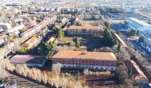 """Caserme: Quindici anni fa chiudeva la """"Cadorna"""" a Legnano, ora caserma fantasma"""