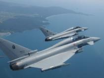 """Aeronautica Militare: Sicurezza spazio aereo, """"scramble"""" di due Eurofighter per intercettare velivolo civile dopo l'interruzione delle comunicazioni"""