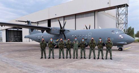 """Aeronautica Militare: Sigonella, concluso il primo corso """"Operatore Tecnico di Bordo"""" su P-72A"""