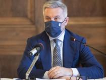 Taranto: Il Ministro della Difesa Lorenzo Guerini ha firmato l'accordo per il rilancio della Città dei due mari